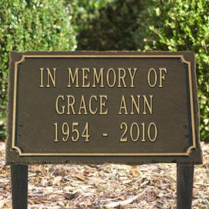 Garden Memorial Marker 3 Lines Personalized Wh 1445