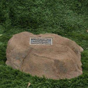 Memorial Rock Memorial Boulder Bronze Plaque Like