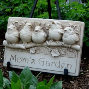 Baby Birds Plaque - Mom's Garden